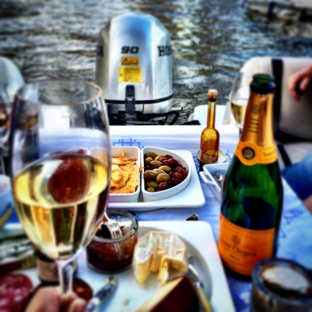 I have #Veuve and #Bollinger and amazing food. #Riverfire