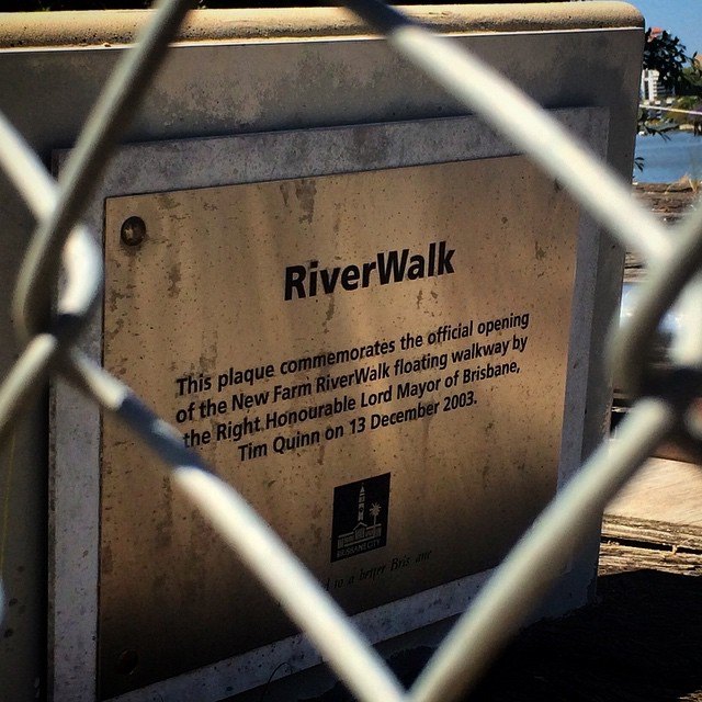 Flood detritus still litters areas of the Brisbane river, some 4 years on. Original #riverwalk plaque sits amongst discarded pontoons and concrete pylons. #brisbane